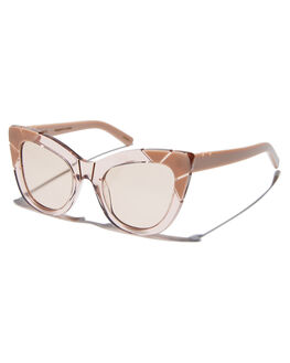 LIGHT FAWN WOMENS ACCESSORIES PARED EYEWEAR SUNGLASSES - PE1201LFLFAW