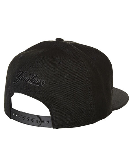 BLACK BLACK MENS ACCESSORIES NEW ERA HEADWEAR - 70128302BLK