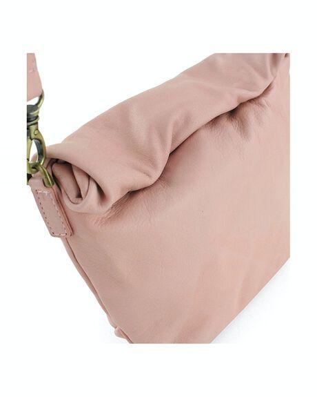 LAGOON WOMENS ACCESSORIES BUENO BAGS + BACKPACKS - DINALAGOONNIL