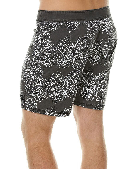 DISTORTED PRINT MENS CLOTHING AFENDS BOARDSHORTS - 10-01-065DIST