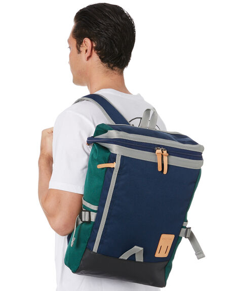 NAVY MENS ACCESSORIES HARVEST LABEL BAGS + BACKPACKS - HLO-0531-NVY