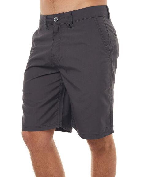 FORGED IRON MENS CLOTHING OAKLEY SHORTS - 442129AU24J