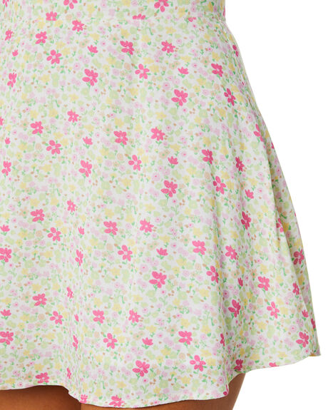 FESTIVE FLORAL LIGHT WOMENS CLOTHING CHARLIE HOLIDAY SKIRTS - GSW8000FLR