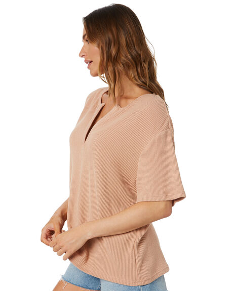 TAN WOMENS CLOTHING TOBY HEART GINGER TEES - T1444TTAN