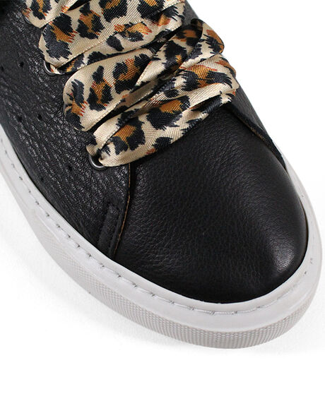 BLACK WOMENS FOOTWEAR BUENO SNEAKERS - BUSARENABLK