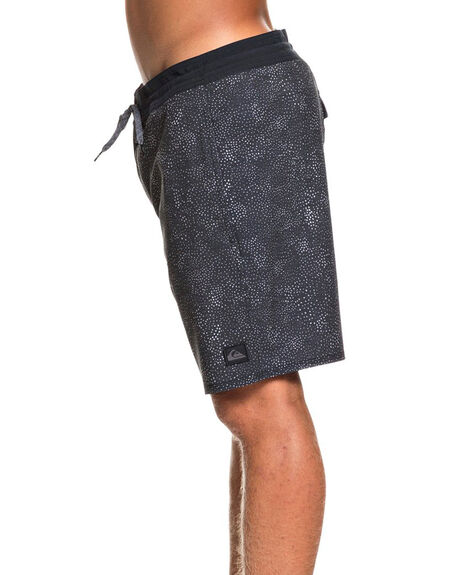 BLACK MENS CLOTHING QUIKSILVER BOARDSHORTS - EQYBS04351-KVJ6