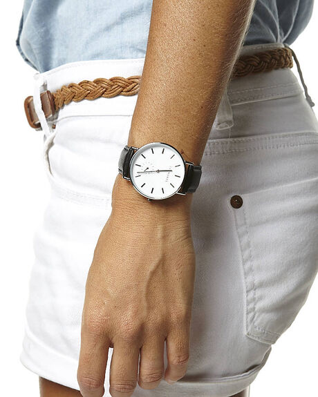 WHITE BLACK MENS ACCESSORIES THE HORSE WATCHES - AS01-3WHBK
