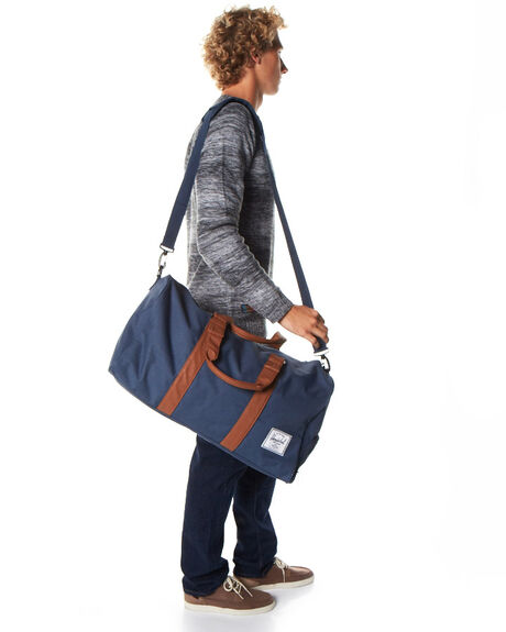 NAVY/TAN MENS ACCESSORIES HERSCHEL SUPPLY CO BAGS + BACKPACKS - 10026-00007-OSNVYTA