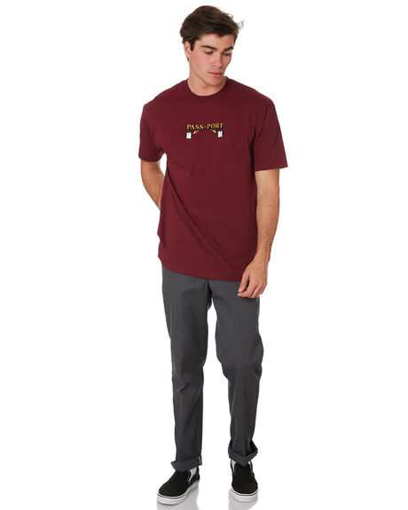 BURGUNDY MENS CLOTHING PASS PORT TEES - PPWAITERBURG