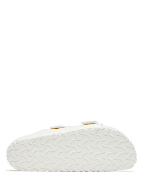 WHITE WOMENS FOOTWEAR BIRKENSTOCK FASHION SANDALS - 129443WHI