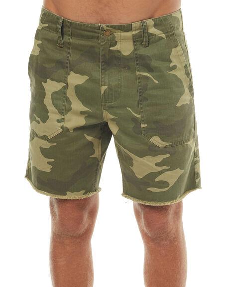 YARDAGE MENS CLOTHING THRILLS SHORTS - TS7-308GZYARD