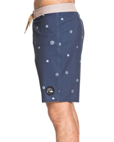 MOONLIT OCEAN MENS CLOTHING QUIKSILVER BOARDSHORTS - EQYBS04268-BYK6