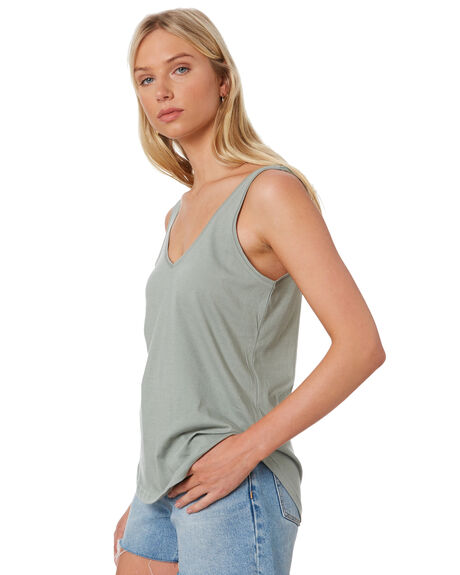 LIGHT GREEN WOMENS CLOTHING SILENT THEORY SINGLETS - 6008000LGRN