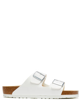 WHITE WOMENS FOOTWEAR BIRKENSTOCK FASHION SANDALS - 051731WWHI