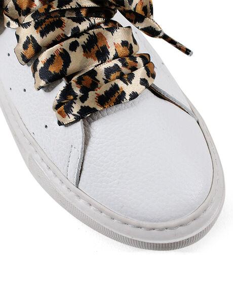 WHITE WOMENS FOOTWEAR BUENO SNEAKERS - BUSARENAWHT