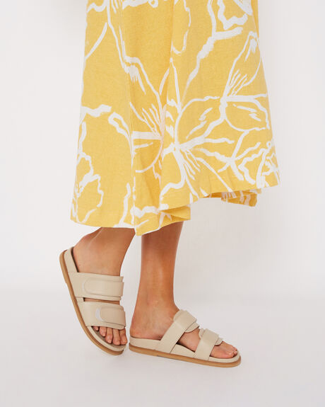 NUDE WOMENS FOOTWEAR JAMES SMITH FASHION SANDALS - IZANONUDE