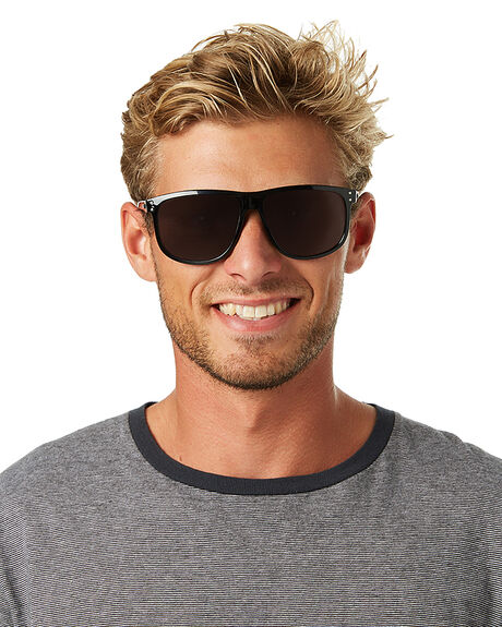 BLACK MENS ACCESSORIES CARVE SUNGLASSES - 2221BLK