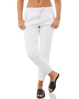 WHITE WOMENS CLOTHING BETTY BASICS JEANS - BB803T18WHT