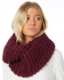 BLACK CHERRY WOMENS ACCESSORIES RUSTY SCARVES + GLOVES - MAL0381BCE