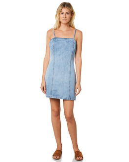 BLUE WASH OUTLET WOMENS TROUBLE LOVES COMPANY DRESSES - T8188446BLUWS