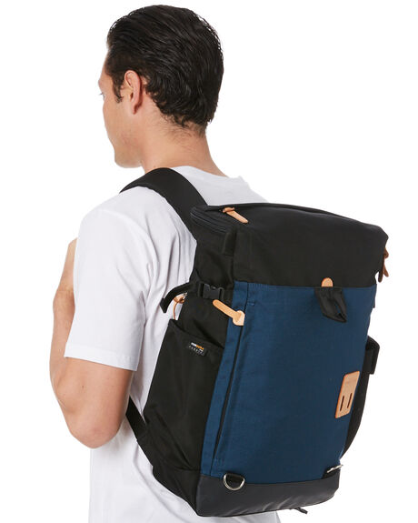 NAVY MENS ACCESSORIES HARVEST LABEL BAGS + BACKPACKS - HLO-0990-NVY