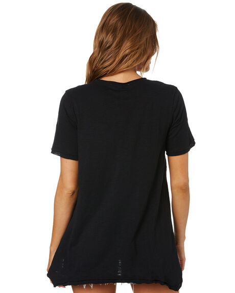 BLACK WOMENS CLOTHING BETTY BASICS TEES - BB281HS20BLK
