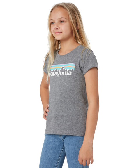 GRAVEL HEATHER KIDS GIRLS PATAGONIA TOPS - 62157GLH