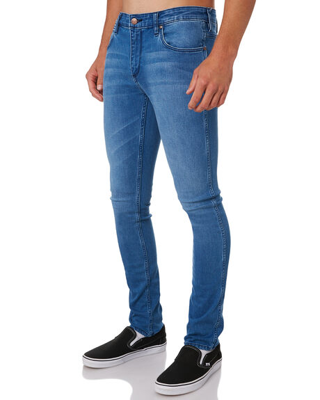 TWIST BLUE MENS CLOTHING WRANGLER JEANS - W-099972-570TBLU