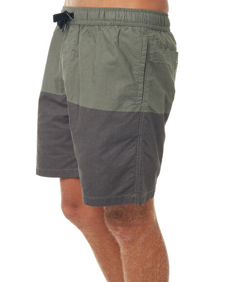 MILITARY OUTLET MENS SWELL SHORTS - S5183236MIL