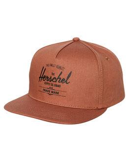 SADDLE BROWN BLACK MENS ACCESSORIES HERSCHEL SUPPLY CO HEADWEAR - 1026-1091-OSSBB