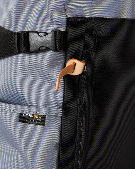 GREY MENS ACCESSORIES HARVEST LABEL BAGS + BACKPACKS - HLO-0660-GRY