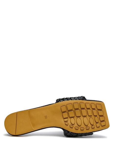 BLACK WOMENS FOOTWEAR SWELL FASHION SANDALS - S82121622BLK