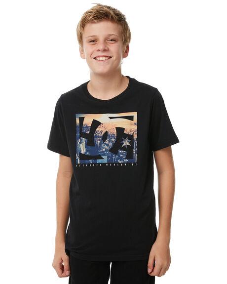 BLACK KIDS BOYS DC SHOES TEES - UDBZT03164KVJ0