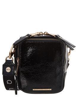 BLACK GOLD WOMENS ACCESSORIES QUAY EYEWEAR BAGS + BACKPACKS - QA-000396BKGLD