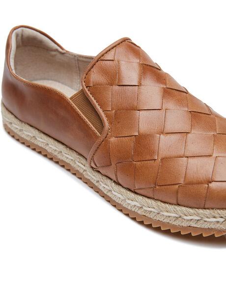 TAN WOMENS FOOTWEAR WALNUT SNEAKERS - GOLDIETAN