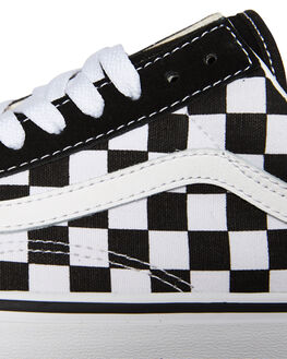BLACK TRUE WHITE WOMENS FOOTWEAR VANS SNEAKERS - SSVNA3BUHRKBLKWW