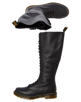 BLACK VIRGINIA WOMENS FOOTWEAR DR. MARTENS BOOTS - SS23889001BLKW
