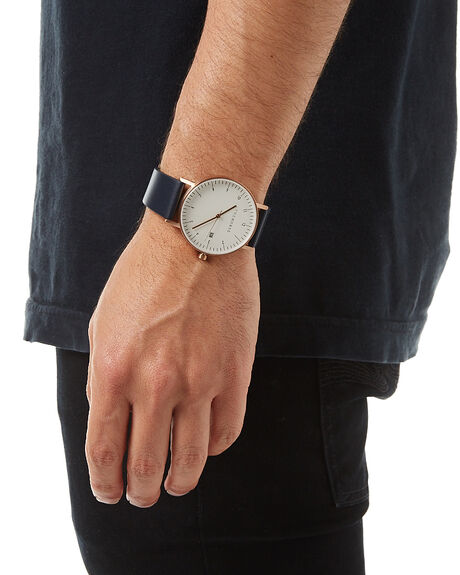 BRUSHED GOLD NAVY MENS ACCESSORIES THE HORSE WATCHES - STO123-D1GDNVY