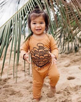 EARTHY CARAMEL KIDS BABY ISLAND STATE CO CLOTHING - MARCHINGNESIE-ERTHC