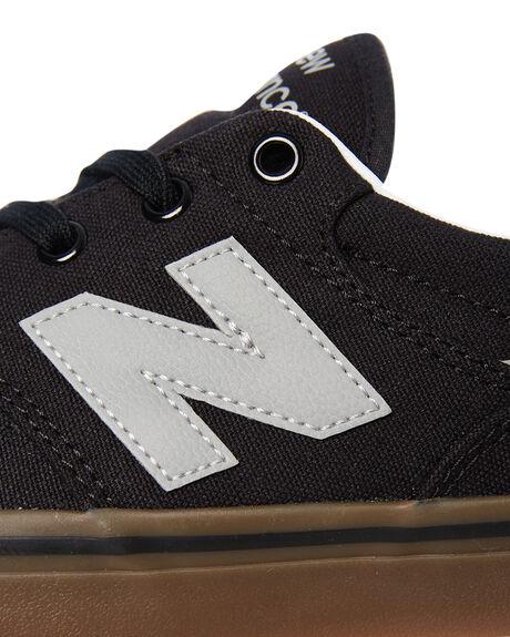 BLACK GUM MENS FOOTWEAR NEW BALANCE SNEAKERS - AM331NWHBLKG