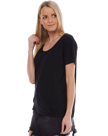 BLACK WOMENS CLOTHING SWELL TEES - S8174004BLK