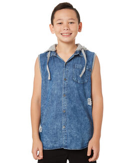 LIGHT BLUE KIDS BOYS ST GOLIATH TOPS - 2421029LBU