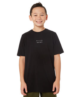BLACK WHITE KIDS BOYS BILLABONG TOPS - 8581017913