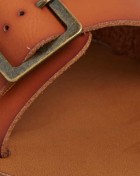 TAN WOMENS FOOTWEAR BILLABONG FASHION SANDALS - BB-6607805-TAN