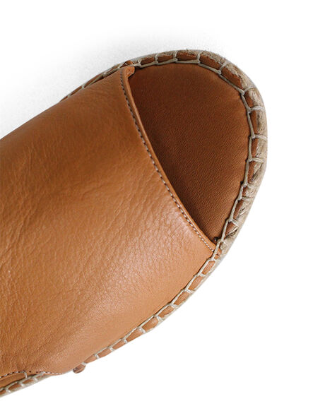 COCONUT WOMENS FOOTWEAR BUENO FASHION SANDALS - BUKISSCCN