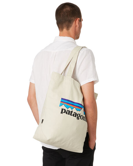 P6 LOGO STONE MENS ACCESSORIES PATAGONIA BAGS + BACKPACKS - 59280PLBS