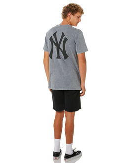 YANKEES WASH GREY MENS CLOTHING MAJESTIC TEES - MNY7270E2GRY