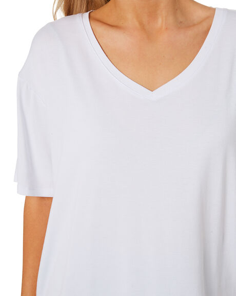 WHITE OUTLET WOMENS BETTY BASICS TEES - BB587T21WHT