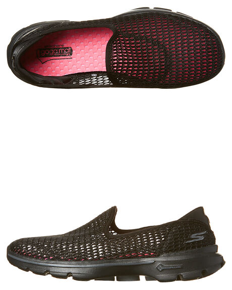 8e5a3fe3e4e76 Skechers Go Walk 3 Super Breathe Shoe - Black Mesh | SurfStitch