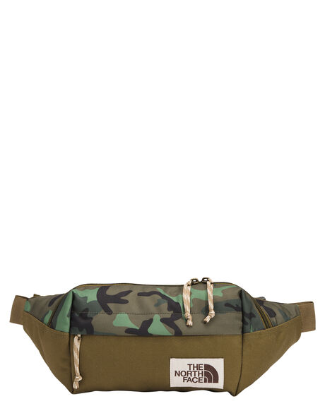 CAMO OLIVE TAN MENS ACCESSORIES THE NORTH FACE BAGS + BACKPACKS - NF0A3KY628H